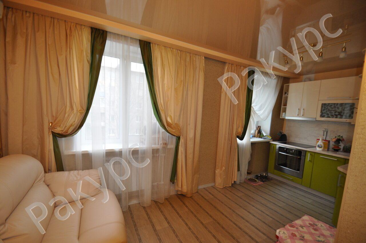 Дизайн штор 2 окна гостинная кухня